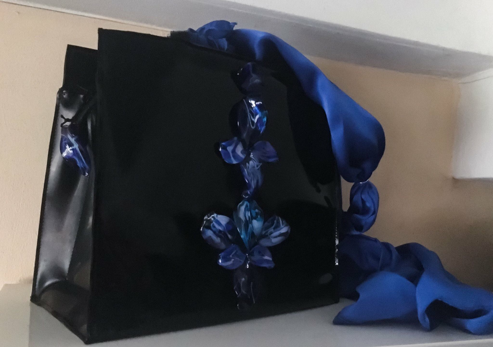 """Handtasche aus Latex, """"Deep blue sea"""" *VERKAUFT*"""